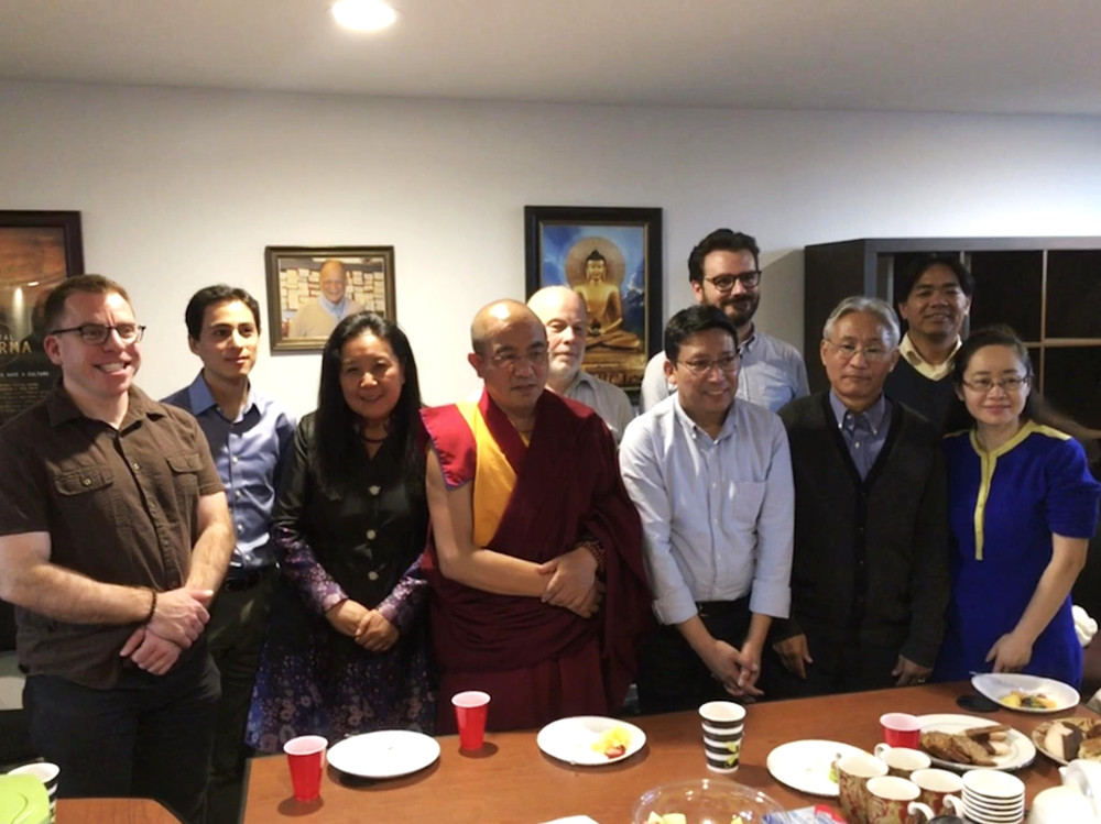 Khenpo Sodargye with BDRC staff
