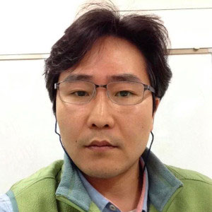 Youngjin Lee